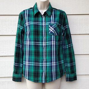 Women's Green Plaid Snap Front Long Sleeve Top